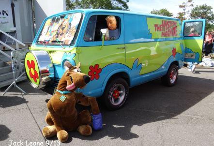 2013.0915.ScoobyMysterylr