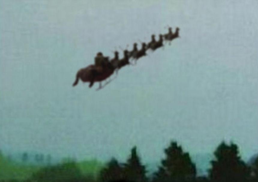 2016.1224.Santa Taking off.jpg