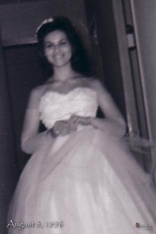 2006 1229 Mom Vintage 4